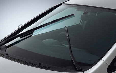 How To Maintain Glass Windshields