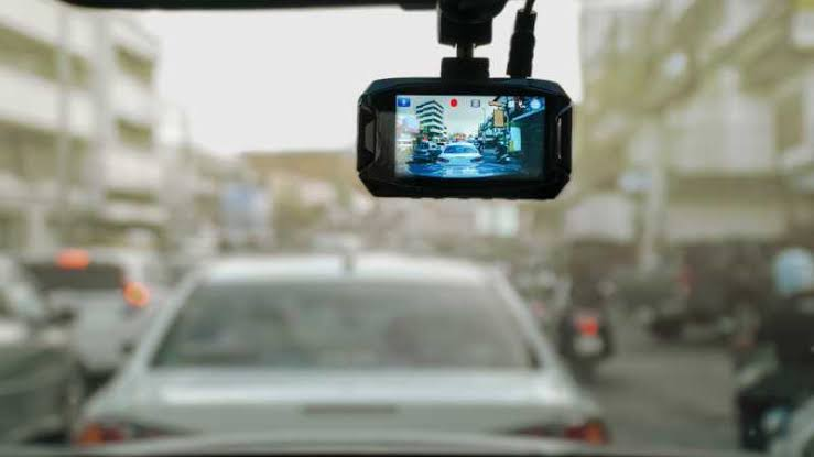 Information On Whether It Is Wise To Buy A Front And Rear Dash Cam?