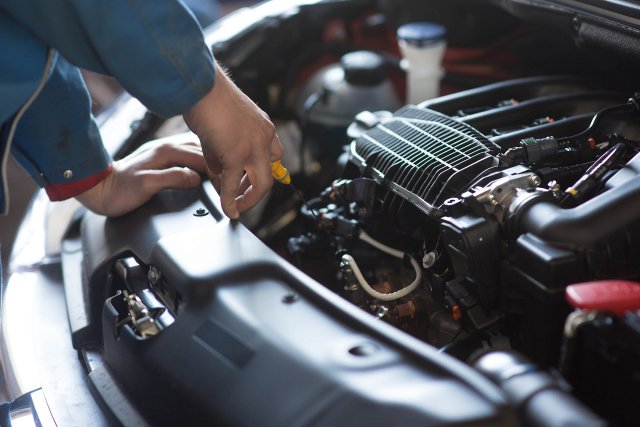 7 Tips On Finding A Reputable Auto Repair Service To Fix Your Vehicle